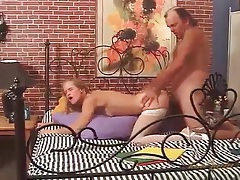 Slutty mommy gives up her ass in close up tubes