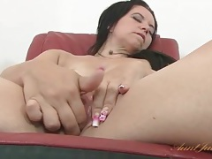 Clit rubbing and fingering with a cute milf tubes