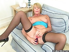 British milf amy fulfills her honey pot's cravings tubes