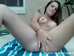 Finger fucking outdoors with a small breasts girl tubes