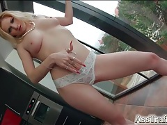 Sexy stripping reveals her world class naked body tubes