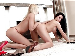 Aletta ocean eats lesbian cunt with her tongue ring tubes