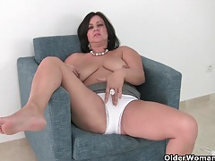 Big titted milf lily from the uk works her puffy cunt tubes