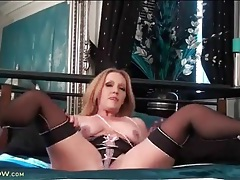 Pretty lingerie on a milf masturbating to orgasm tubes