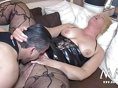 Mature bbw cunt milks an orgasm from his cock tubes