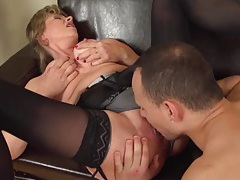 Eager young guy eats out and fucks her mature cunt tubes
