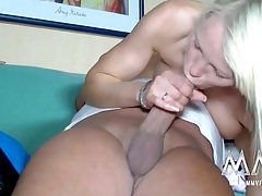 Two babes go down on his dick together tubes