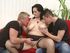 Young studs suck her mature tits together tubes