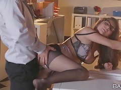 Secretary hottie fucked by her boss after work tubes