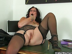 Britain's best mature secretaries tubes