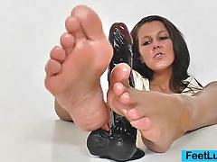 Brunette ella nylon foot tubes