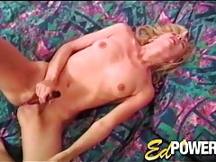 Naked lass in lipstick vibrates her clit tubes