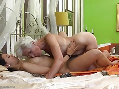 College girl eats out a hot granny asshole tubes