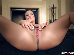 Extremely busty model fingers pussy tubes