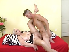 Slutty old lady fucked in her hairy twat tubes