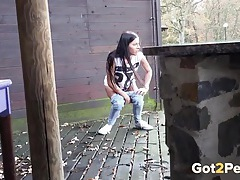 Brunette spied on as she takes a piss tubes