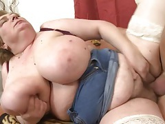 Hairy mature bbw fucked in her wet cunt tubes