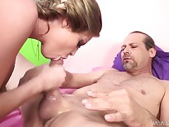 Britney amber pounded on after a blowjob tubes