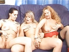 Three cute mature chicks eat cunt in the nude tubes