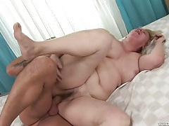 Chubby granny cunt takes a sticky creampie tubes