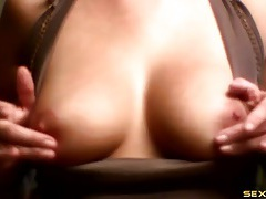 Nipple rubbing webcam cutie with great tits tubes