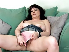 Hairy old broad opens her pink cunt tubes