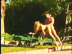 Sunny day doggystyle sex outdoors with a beauty tubes
