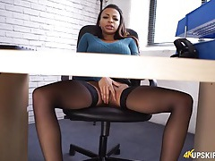 Black sweater babe masturbates under the desk tubes
