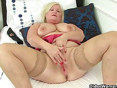 British grannies lacey starr and pearl fuck a dildo tubes